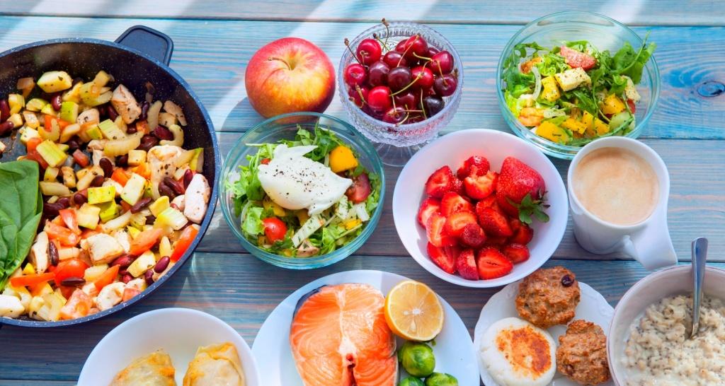 foods_sports_nutrition.jpg